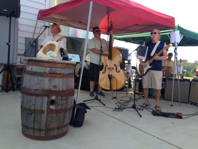 Live music at Lickinghole Creek Craft Brewery